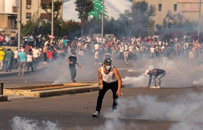 اللبنانيون من أزمة إلى أخرى.. هل من بوادر حلول؟