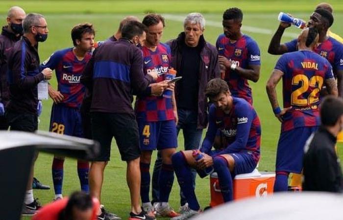 لاعبو برشلونة: الفريق لن يحقق البطولات مع كيكي سيتيين