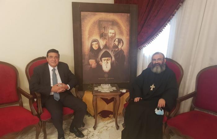 التطورات المحلية وزير الأشغال ورئيس عام الرهبانية اللبنانية المارونية
