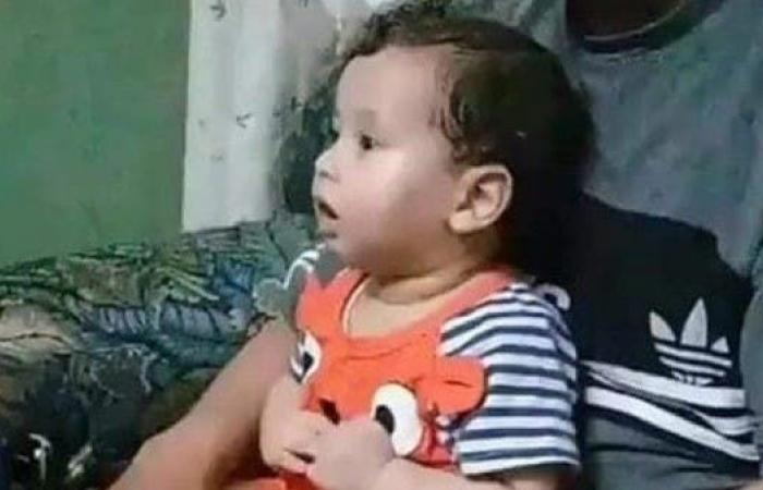 مصر | جريمة الدقهلية المأساوية.. الطفل رمى نفسه بأحضان أمه الميتة