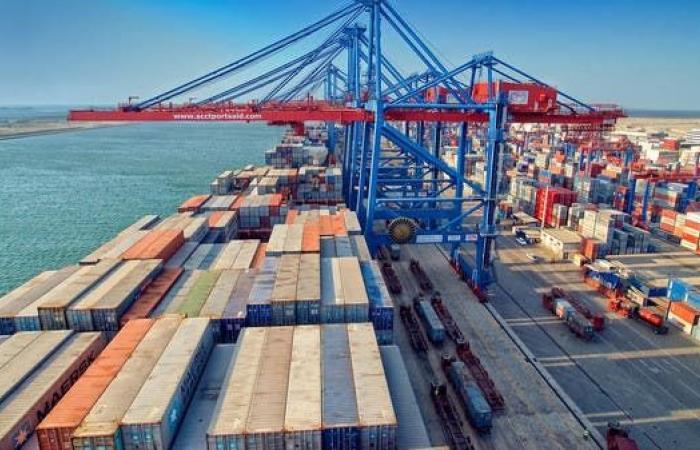 مخاوف من تعطل سلاسل الإمداد عالميا بسبب الصين والهند