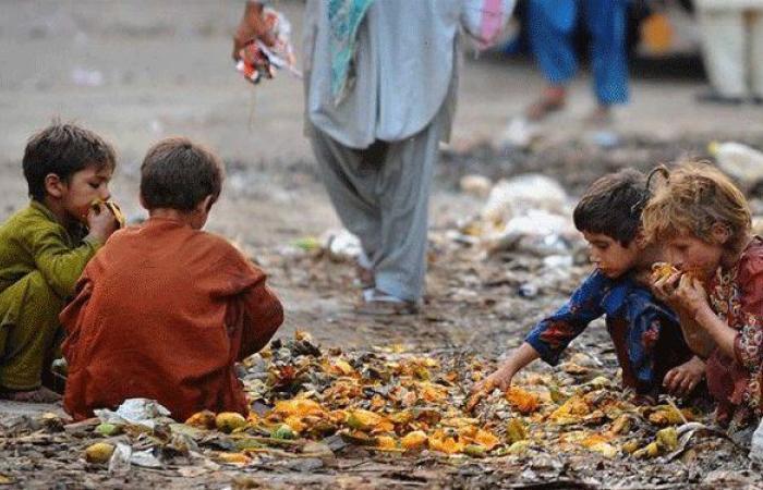 """لبنان يتجه نحو المجاعة.. """"الناس سيموتون في غضون أشهر"""""""