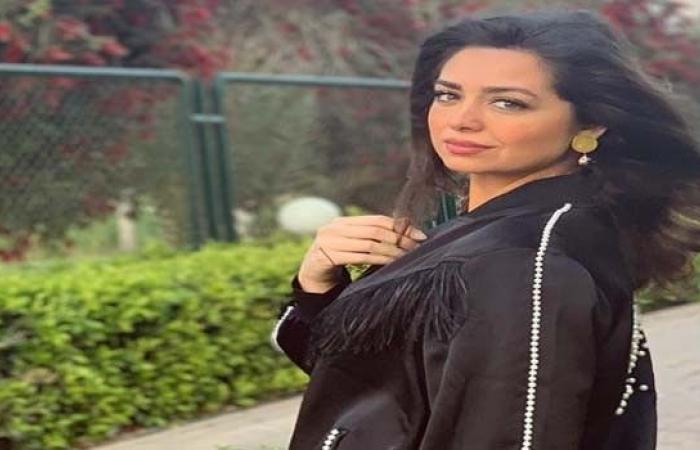 """هبة مجدي توضِّح أنّها لا تستطيع تقييم ياسمين صبري ومحمد دياب """"ممثل هائل"""""""