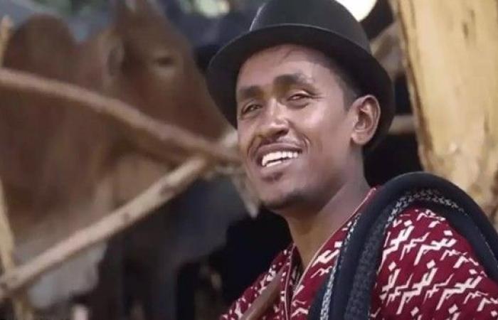 تعرّف على هونديسا المطرب الذي رحل فتوتر الشارع الإثيوبي