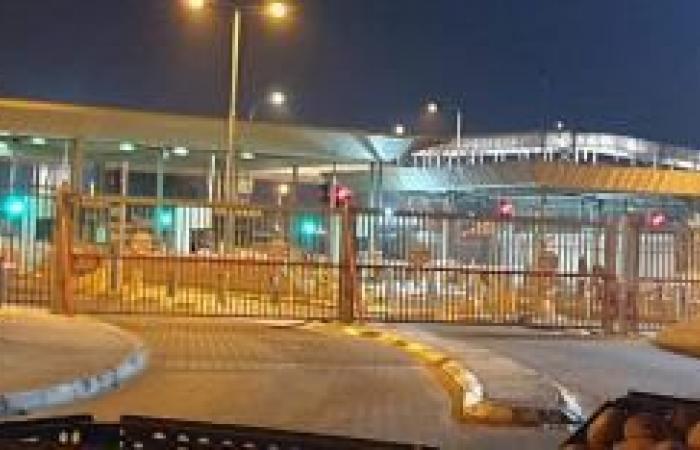 """فلسطين   صور  الاحتلال يغلق حاجزي """"قلنديا"""" و""""الكونتينر"""""""