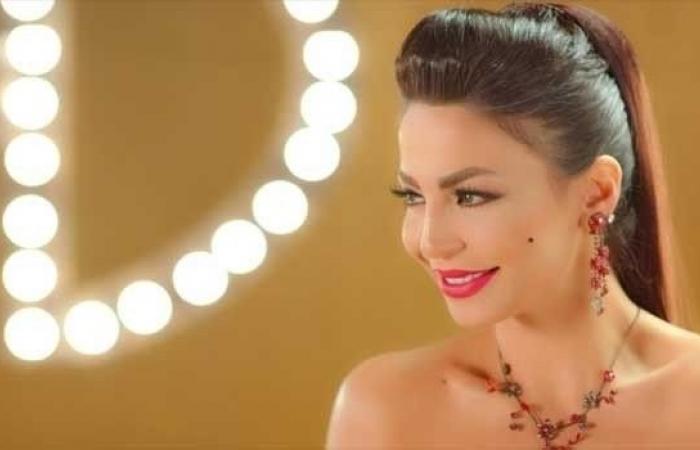 دوللي شاهين تحتفل بـ مليون متابع على إنستجرام بطريقتها الخاصة