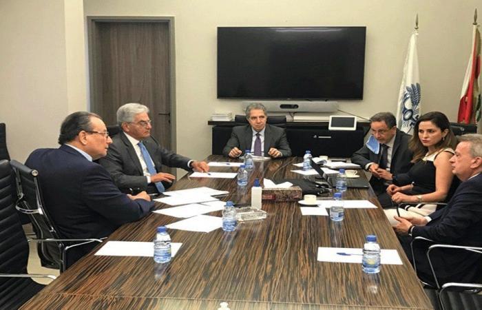 اجتماع في وزارة المال لضبط أسعار السلع الغذائية المستوردة