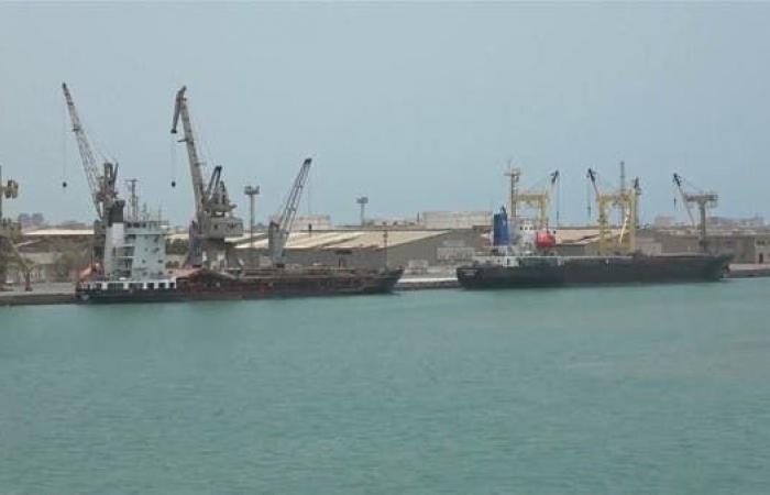 اليمن | حكومة اليمن توافق على دخول 4 سفن نفطية لميناء الحديدة