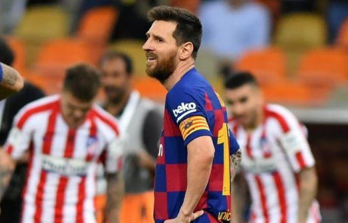 """لاعب برشلونة يهاجم ميسي ويصفه بـ """"المتوحد"""""""