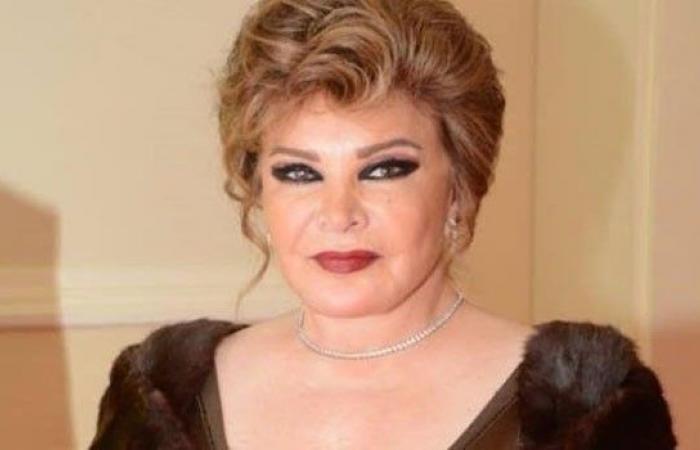 صفية العمري تتذكر عزت أبو عوف بصورة نادرة
