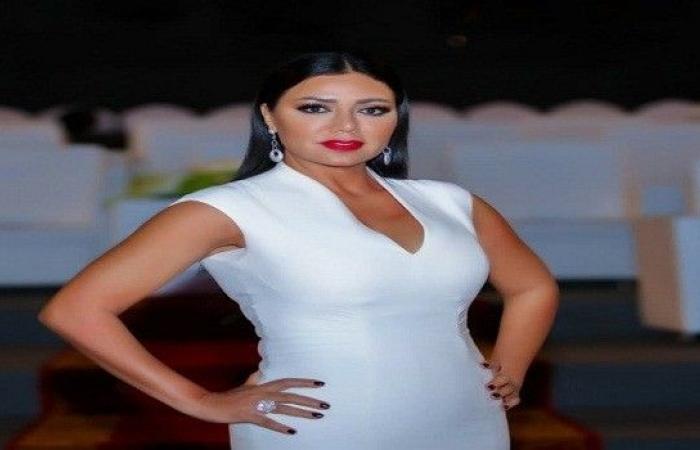 """رانيا يوسف تنشر قائمة بأسماء رجال تحرشوا بها عبر """"تويتر"""""""