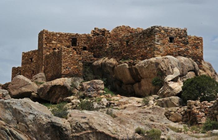 السعودية | بالصور.. تطوير القلاع والحصون التاريخية في منطقة عسير