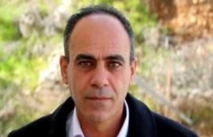 فلسطين | الرئيس يهاتف الأسير المحرر هاني جعارة مهنئا بالإفراج عنه