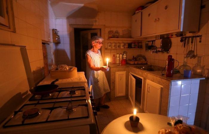 لبنان مهدد بالعتمة… أصحاب المولدات الكهربائية يتوقفون عن العمل اليوم