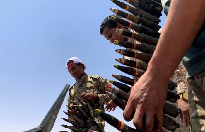 طائرة تركية في مصراتة.. ونقل مقاتلين نحو سرت والجفرة