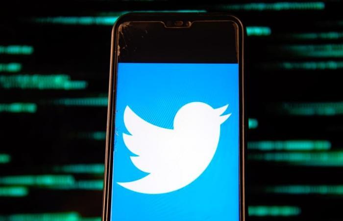 تويتر أصلحت مشكلة منعت المستخدمين من التغريد