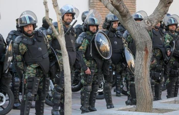 إيران   اغتيال عنصر من حزب اللهوابنته في طهران