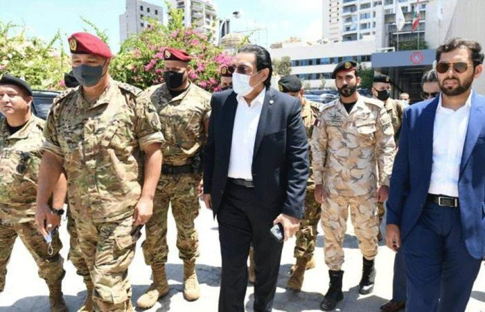 """سفير قطر وقائد الجيش تفقدا المستشفى الميداني في """"الروم"""""""