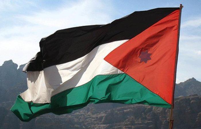 13 طنا من المساعدات للبنان من الأردن