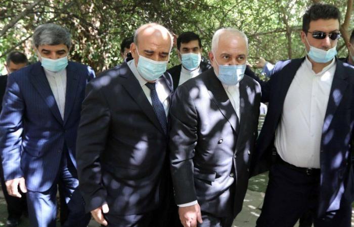 """ظريف يخشى فقدان هيمنة """"الحزب"""" على لبنان"""