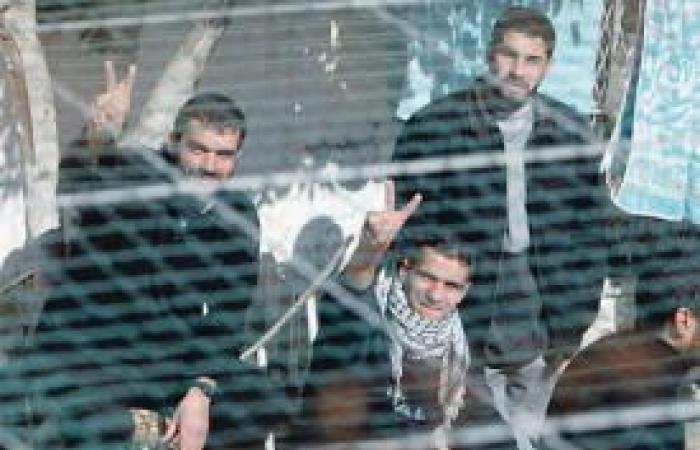 فلسطين | عائلات الأسرى: اتفاقيات التطبيع محاولة لإجهاض النضال الفلسطيني