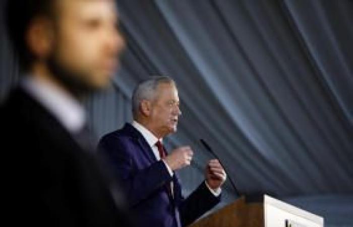 فلسطين   غانتس: نتنياهو يقودنا لانتخابات فظيعة