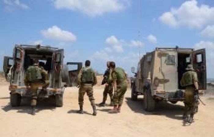 فلسطين   جيش الاحتلال يطالب بمغادرة القريبين من السياج الحدودي بغزة