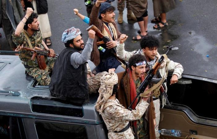 اليمن   البرلمان العربي يدين استخدام ميليشيات الحوثي المدنيين دروعا بشرية