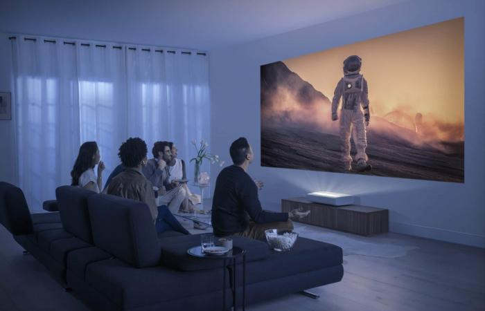 Samsung Premiere .. جهاز عرض بتقنية +HDR10