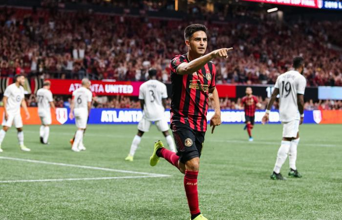 """""""بيتي"""" مارتينيز.. رفضه بوكا فانتقم منه في ملعب ريال مدريد"""