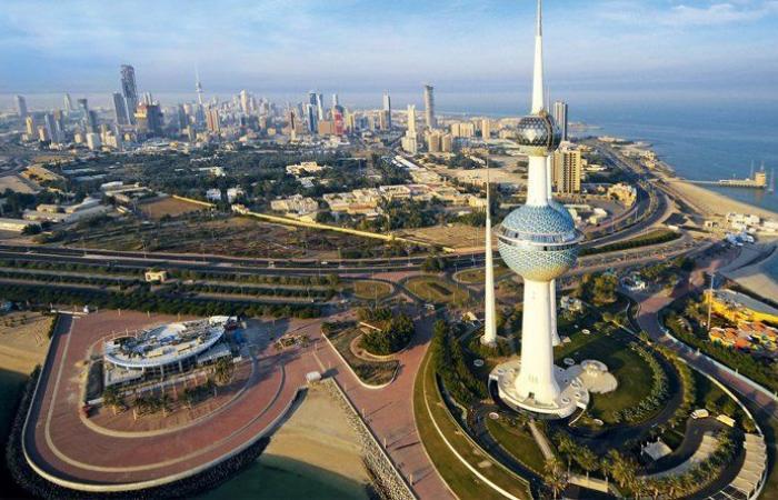 لأول مرة بتاريخ الكويت… قاضيات يؤدين اليمين