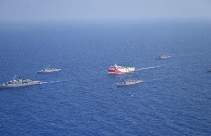 تركيا تصعّد بمناورات عسكرية مع شمال قبرص