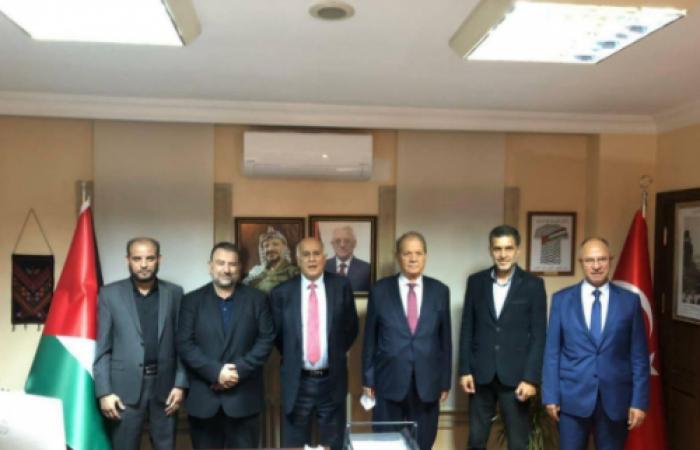 استياء مصريّ على خلفية لقاء فتح وحماس في تركيا