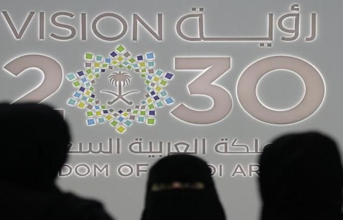 السعودية تغرق بالعجز وتتجه نحو المزيد من الاستدانة