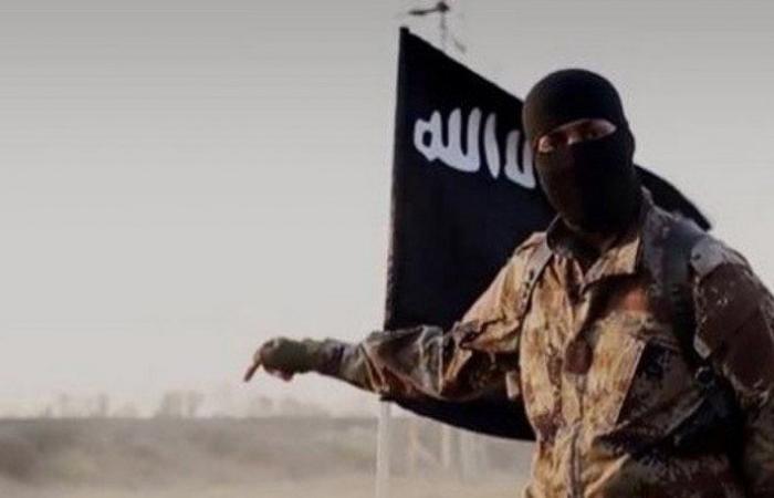 """""""داعش"""" يدعو أنصاره لاستهداف الغربيين في السعودية"""