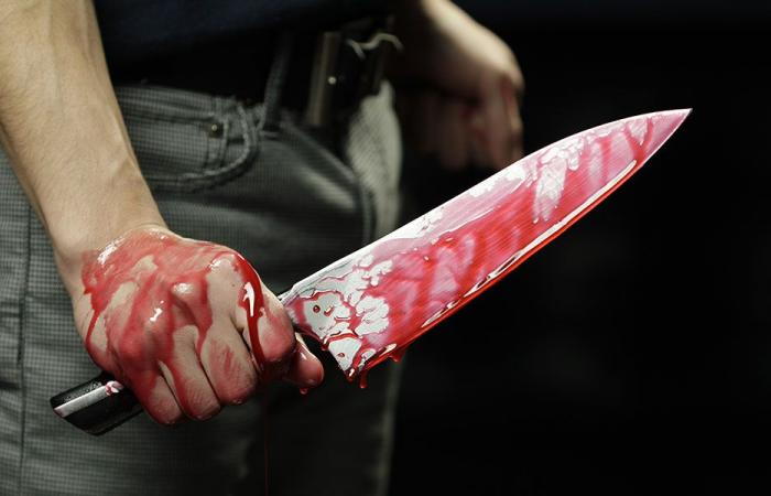 مجهولان اعتديا بالسكاكين على سوري وسرقا أمواله