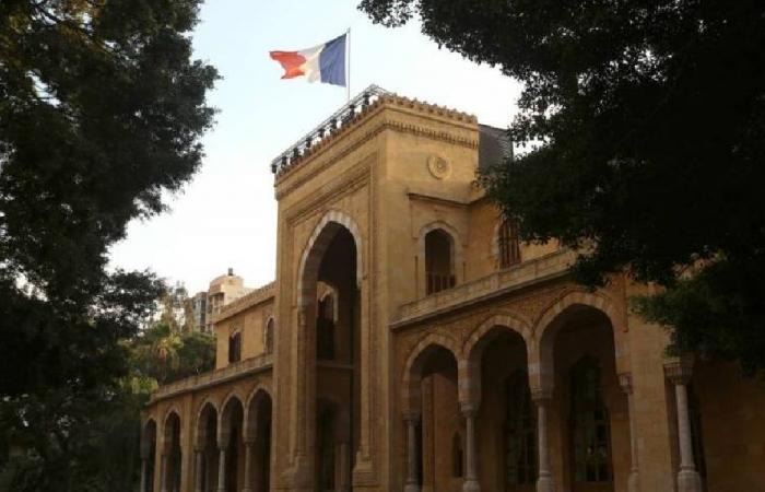 إجراءات أمنية بالتزامن مع مسيرة مرتقبة أمام السفارة الفرنسية