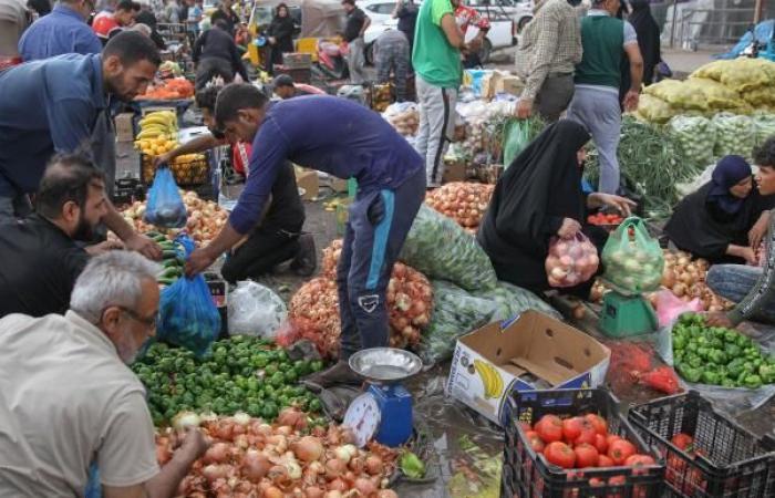 حظر الاستيراد يرفع أسعار الفواكه والخضر في العراق