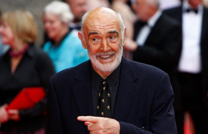 """رحيل """"جيمس بوند"""".. الممثل البريطاني المشهور شون كونري يفارق الحياة عن 90 عاماً"""
