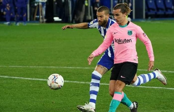 برشلونة يفشل في تجاوز ألافيس.. وغريزمان يسجل أول أهدافه