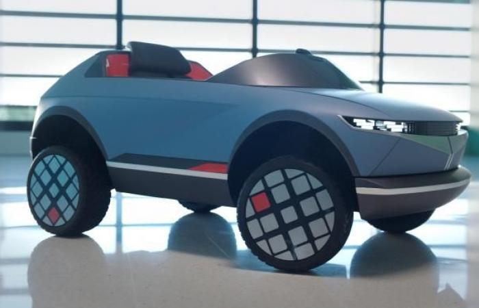 """""""هيونداي"""" تكشف عن أصغر سيارة كهربائية بتقنية التحكم العاطفي"""