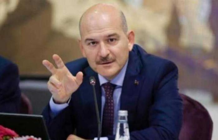 وزير الداخلية التركي مصاب بكورونا