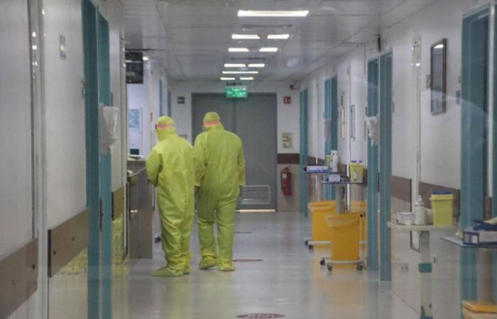 في لبنان… 30% من الطاقم الطبي مصاب بكورونا