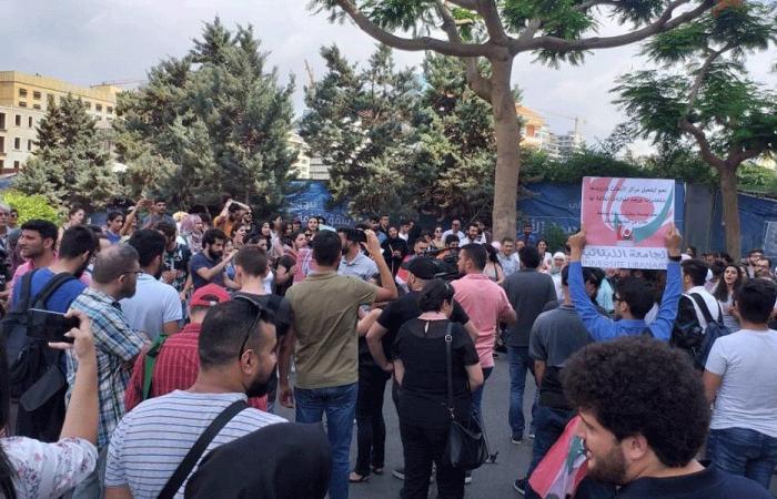 """أساتذة الحراك في """"اللبنانية"""": هل تخضع الجامعة للقانون؟"""