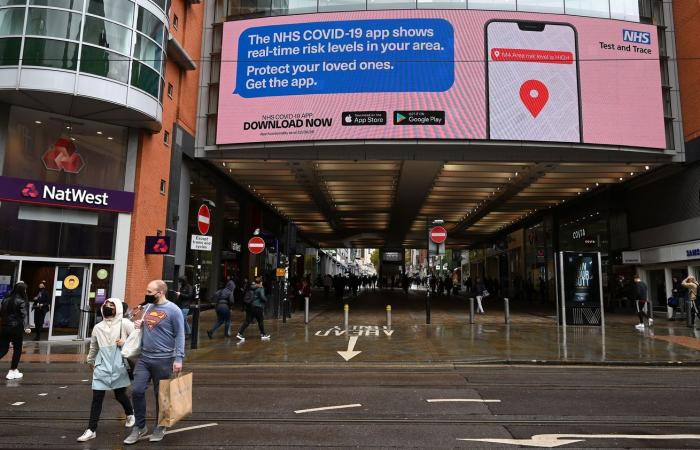 تطبيق تتبع فيروس كورونا في إنجلترا يفشل