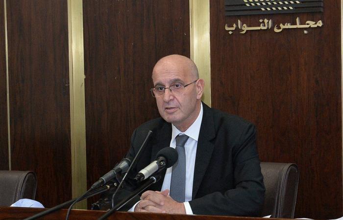 "عراجي: سوق الدواء في لبنان ""فلتان ومكتر""!"