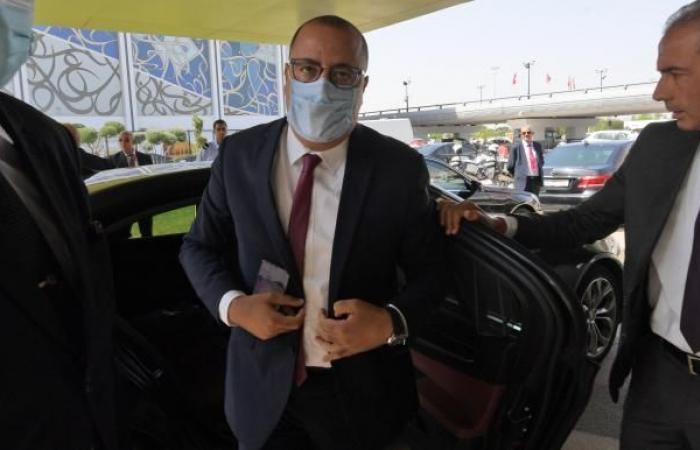 المشيشي: تونس ليست مفلسة وتداعيات كورونا مستمرة حتى 2023