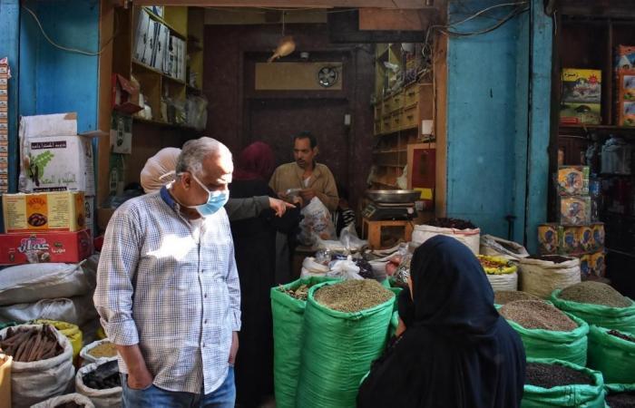 """""""ذي ايكونوميست"""" تحذر الحكومة المصرية"""