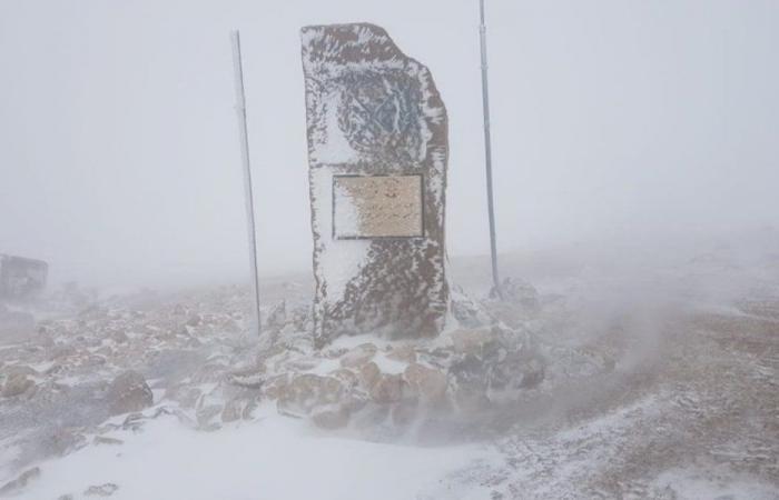 الثلوج غطت مرتفعات الضنية