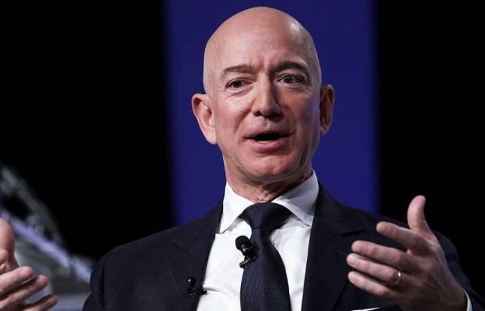 بيزوس يبيع أكثر من 3 مليارات دولار من أسهم أمازون